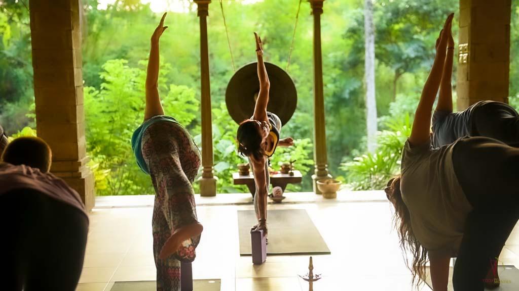 contact-yoga-deux-mondes